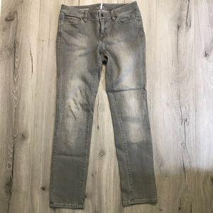 Ann Taylor loft modern straight jeans 28/6